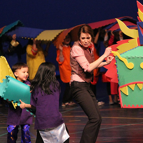 Trickster Theatre's puzzle dragon scares Shelby